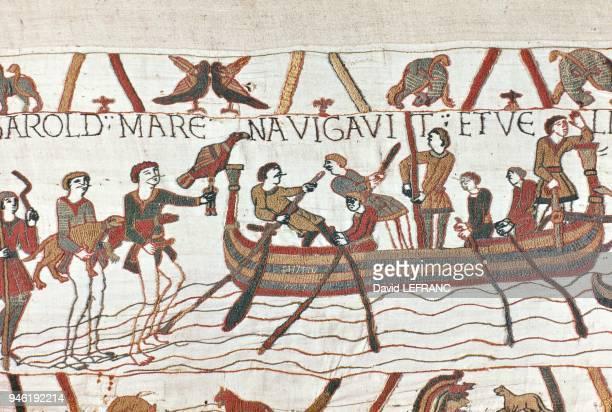 Detail of the Bayeux Tapestry XIth century Dtail de la Tapisserie de Bayeux XI em sicle sur plus de 70 mtres de long et 50 centimtres de hauteur...
