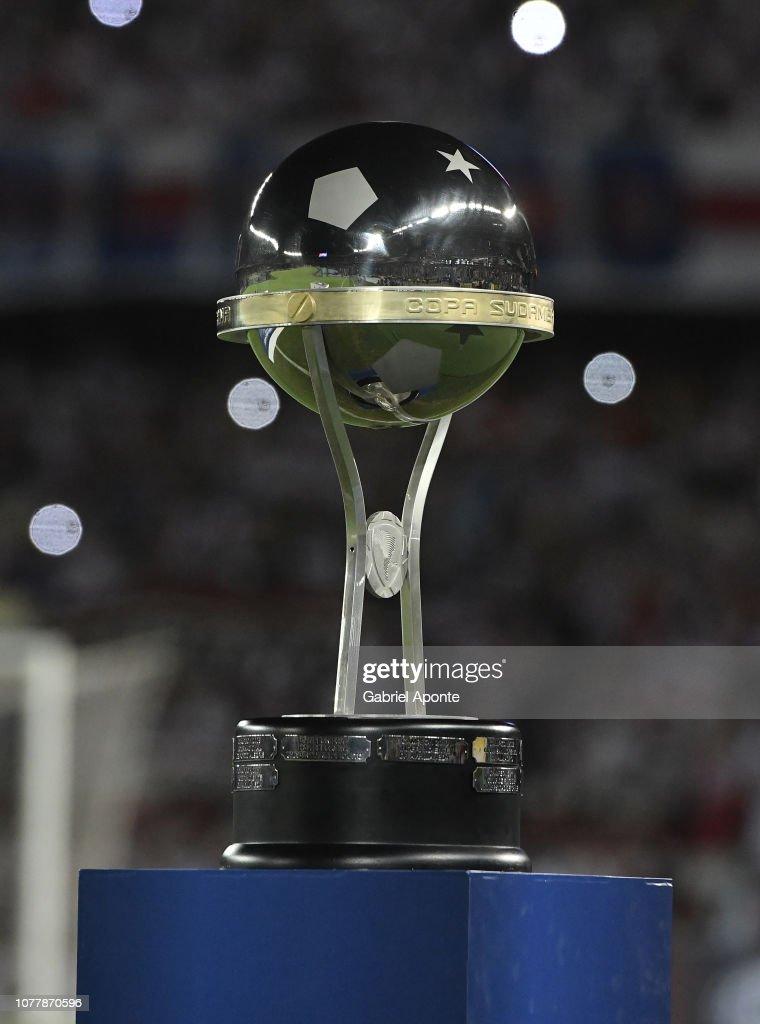Junior v Atletico Paranaense - Copa Sudamericana 2018 : Nieuwsfoto's
