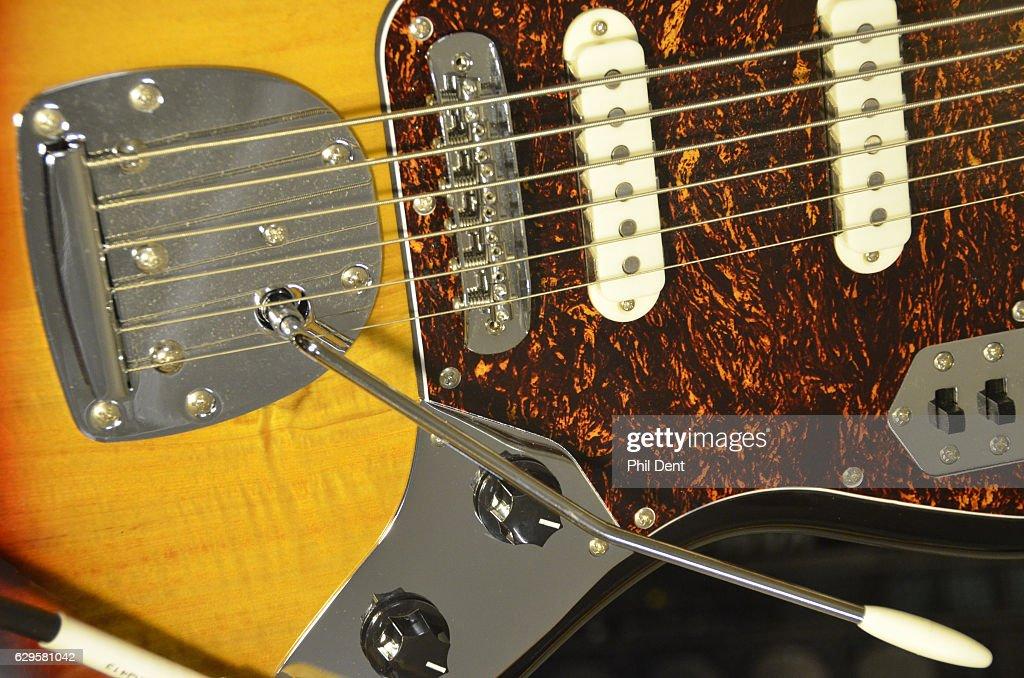 Fender Bass VI : Nachrichtenfoto