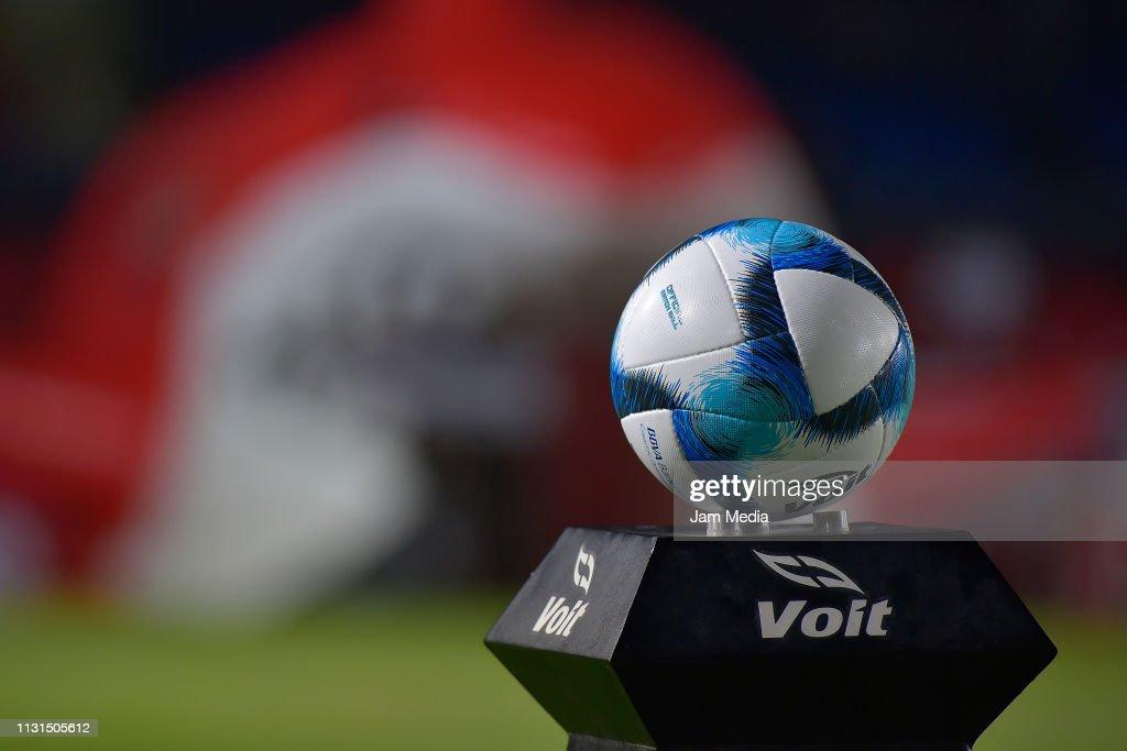 MEX: Veracruz v Cruz Azul - Torneo Clausura 2019 Liga MX