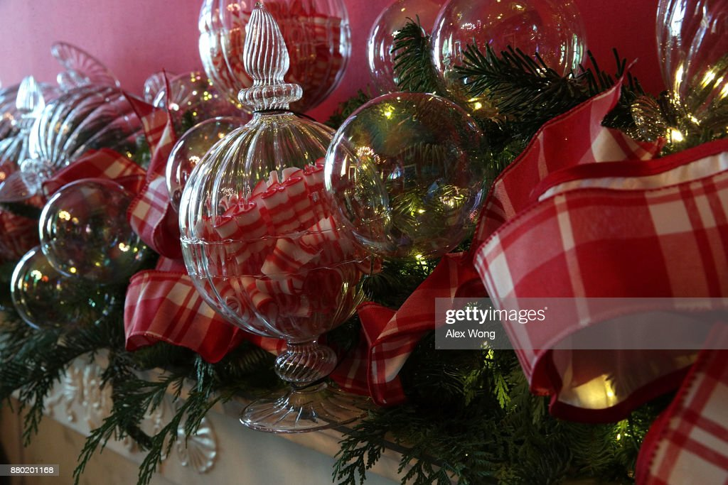 Detail shot of Christmas decorations in the State Dining Room at the White House during a press preview of the 2017 holiday decorations November 27, 2017 in Washington, DC. The theme of the White House holiday decorations this year is 'Time-Honored Traditions.'