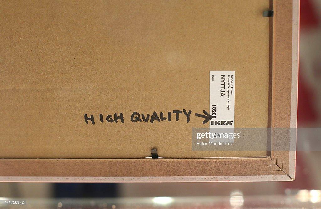 Works By Banksy Go Up For Auction At Bonhams : Nachrichtenfoto