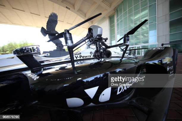 17 Simon Pagenaud Visits Dxc Technology Pictures, Photos
