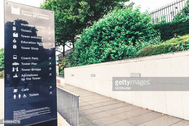 detailed directions and information for the tower of london - greater london stock pictures, royalty-free photos & images