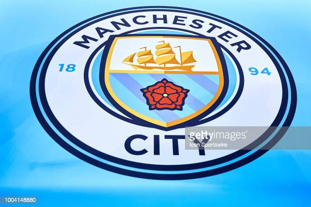 Manchester City F C Logo Photos And Premium High Res Pictures Getty Images