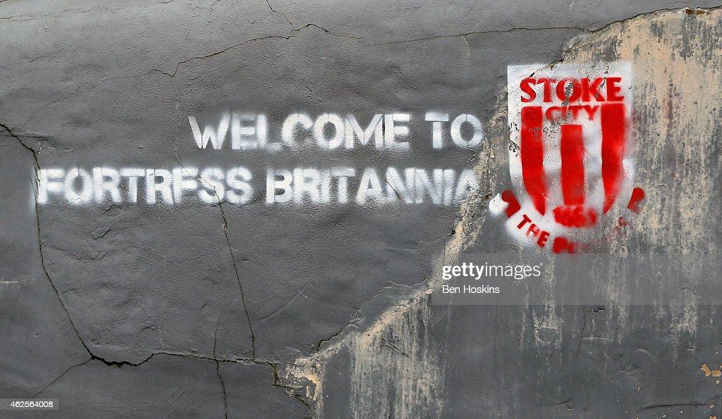 Stoke City v Queens Park Rangers - Premier League : News Photo