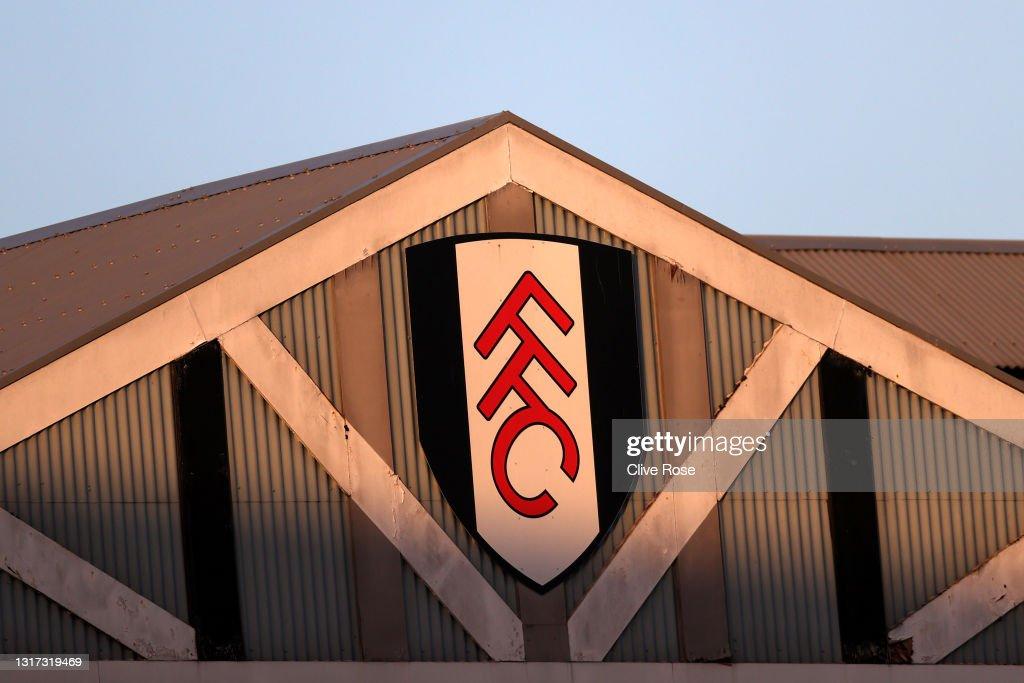 Fulham v Burnley - Premier League : ニュース写真