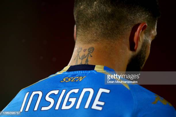 Detailed view of the neck tattoo of Lorenzo Insigne of Napoli during the UEFA Europa League Group F stage match between AZ Alkmaar and SSC Napoli at...