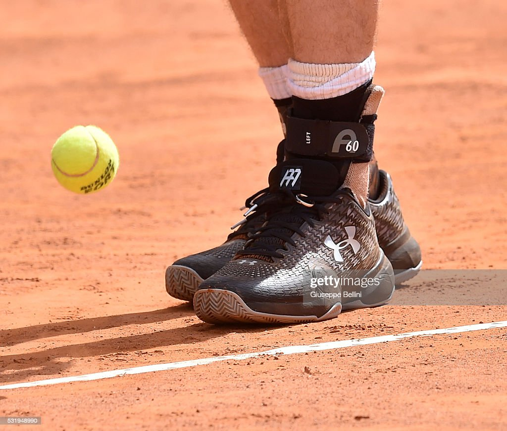 new style a793f f768a A detailed view of the Under Armour shoes worn by Andy ...