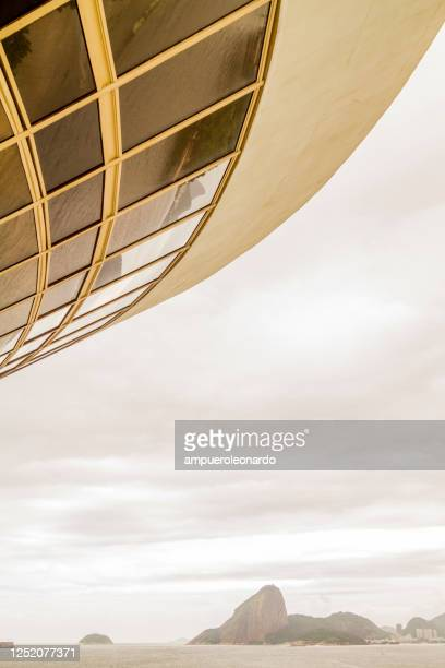details architectural view of niteroi contemporary art museum, rio de janeiro, brazil - niemeyer museum of contemporary arts stock pictures, royalty-free photos & images