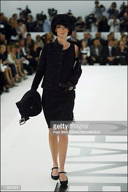 Details: Chanel Fashion show Haute Couture fall winter 2004-2005 in Paris, France On July 07, 2004-Model Audrey Marnay.