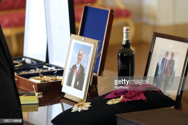 Details of the presents change between Portugal's President Marcelo Rebelo de Sousa and King Philippe of Belgium and Queen Mathilde of Belgium during...