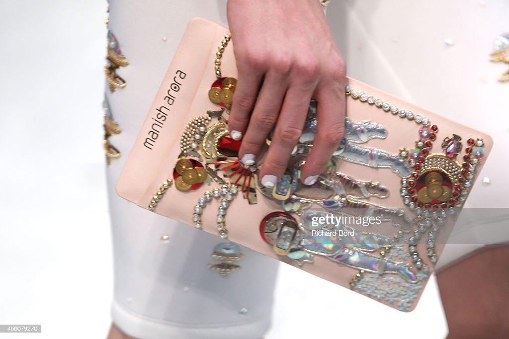 Manish Arora : Runway - Paris Fashion Week Womenswear Spring/Summer 2015 : News Photo