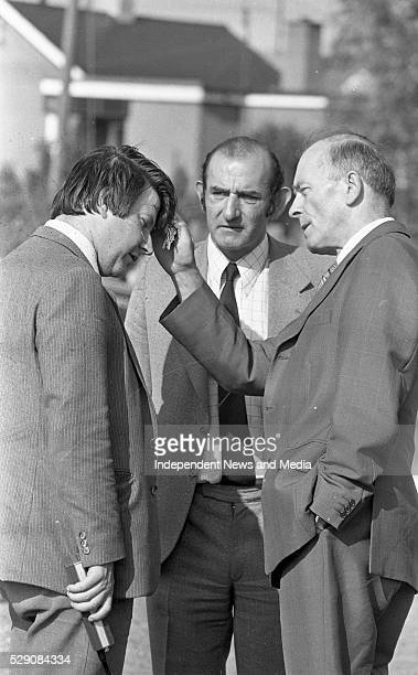 Detective Garda Michael Dowd who was grazed by a bullet with Det Insp Bill Somers and Assisant Commissioner John Paul McMahon at the scene of the...