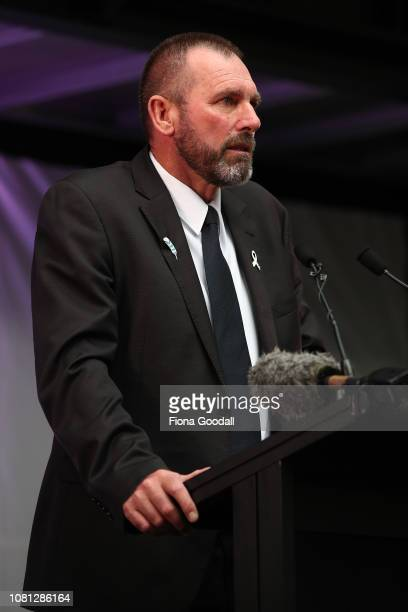 Detective Inspector Scott Beard speaks to the crowd gathered to honour Grace Millane in St Patricks Square on December 12 2018 in Auckland New...