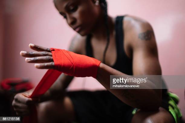 determination - mixed martial arts stock pictures, royalty-free photos & images