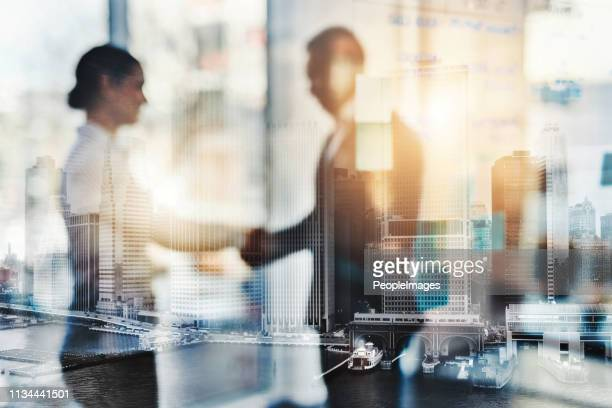 determinato a raggiungere il successo - miglioramento digitale foto e immagini stock