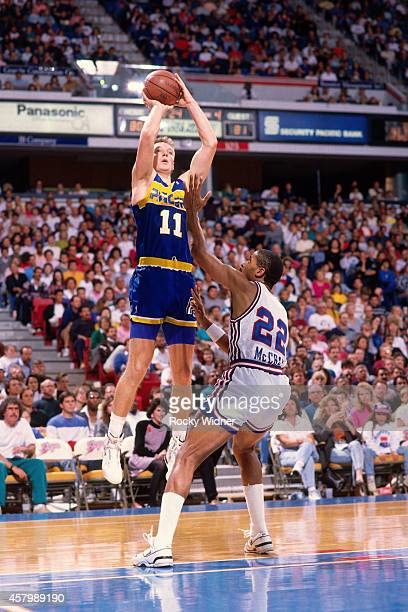 Detlef Schrempf of the Indiana Pacers shoots against the Sacramento Kings on November 18 1989 at Arco Arena in Sacramento California NOTE TO USER...