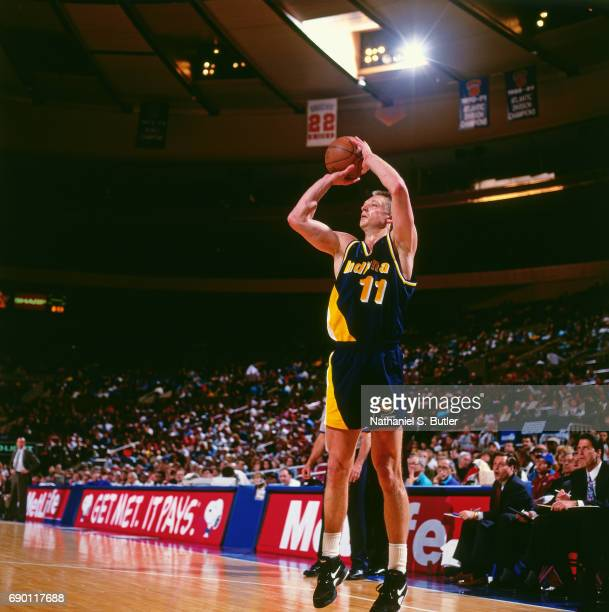 Detlef Schrempf of the Indiana Pacers shoots the ball during the game against the New York Knicks circa 1993 at Madison Square Garden in New York...