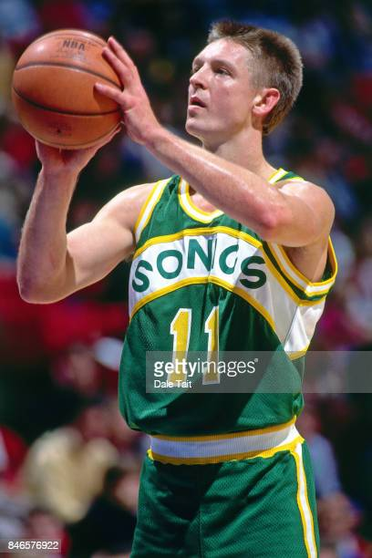 Detlef Schrempf of the Seattle SuperSonics shoots against the Minnesota Timberwolves circa 1994 at the Target Center in Minneapolis Minnesota NOTE TO...