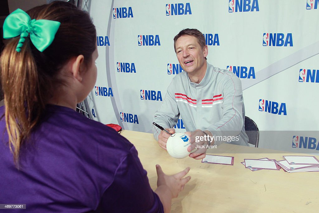 Detlef Schrempf signs an autograph for a fan during the 2014 NBA All-Star Jam Session at the Ernest N. Morial Convention Center on February 15, 2014 in New Orleans, Louisiana