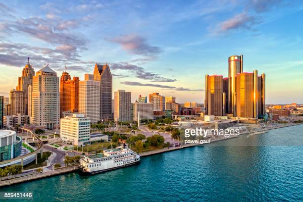 detroit aerial panorama - skyline stock pictures, royalty-free photos & images