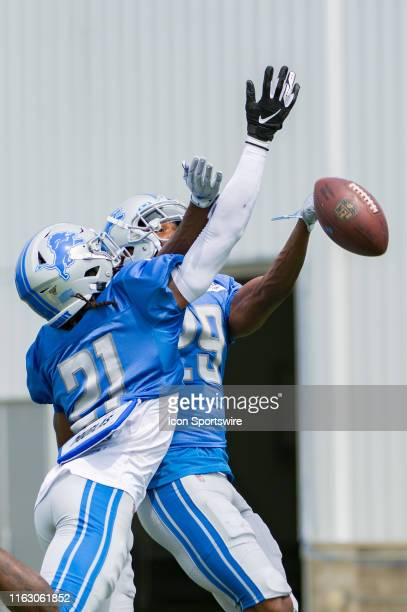 Detroit Lions CB Jamar Summers deflects a pass thrown to Detroit Lions CB Rashaan Melvin during NFL football practice on August 20 2019 at Detroit...