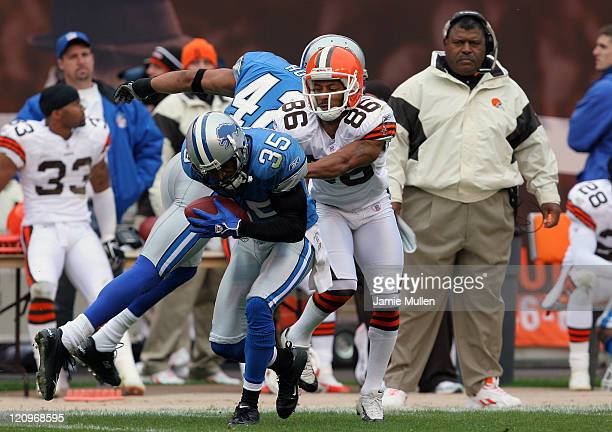 Detroit Lions Cornerback Andre Goodman intercepts a pass late in the fourth quarter during the game against the Cleveland Browns Sunday October 23...