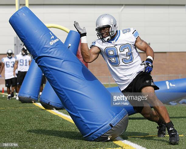 Detroit Lions defensive end Corey Smith during the Detroit Lions held their last NFL Organized Team Activities today at Renaissance High School in...