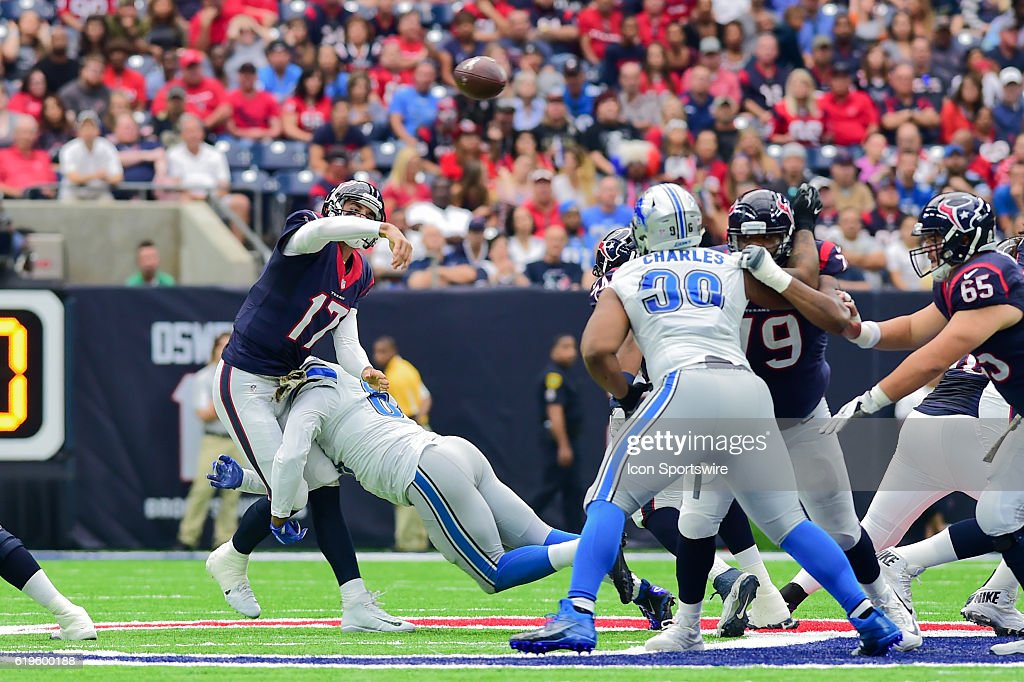 NFL: OCT 30 Lions at Texans : News Photo