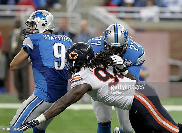 Detroit Lions quarterback Matthew Stafford looks to pass as tackle Cornelius Lucas stops Chicago Bears outside linebacker Pernell McPhee during an...