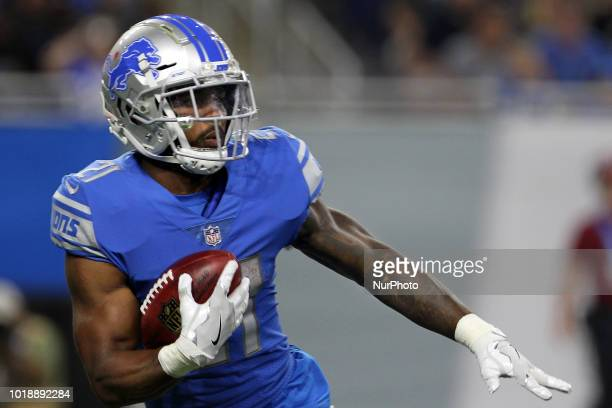 Detroit Lions running back Ameer Abdullah runs the ball during the first half of an NFL football game against the New York Giants in Detroit Michigan...