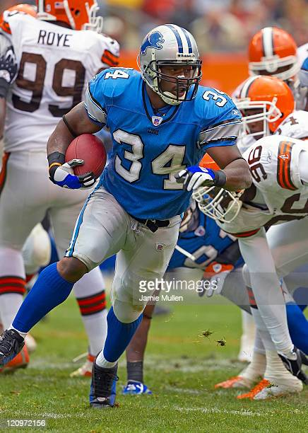 Detroit Lions Running Back Kevin Jones during the game against the Cleveland Browns Sunday October 23 2005 at Cleveland Browns Stadium in Cleveland...