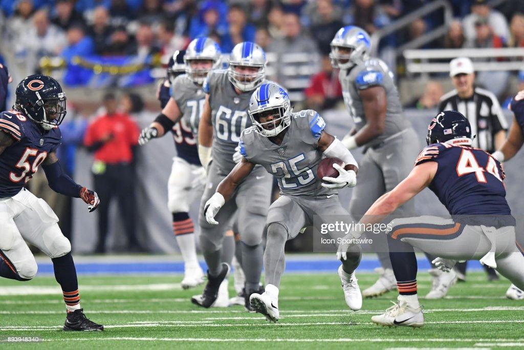 NFL: DEC 16 Bears at Lions : News Photo