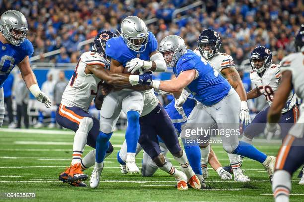 Detroit Lions running back Theo Riddick runs through a big hole for a first down inside the 10 yard line during the Detroit Lions versus Chicago...