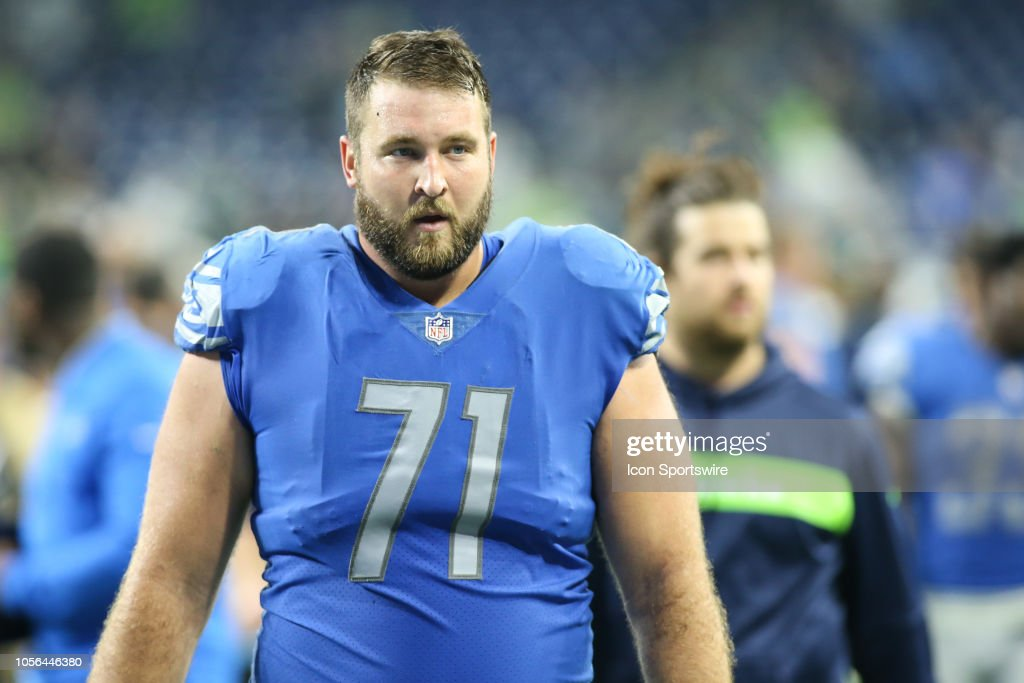 huge selection of e58ae e999d Detroit Lions tackle Rick Wagner walks off of the field at ...