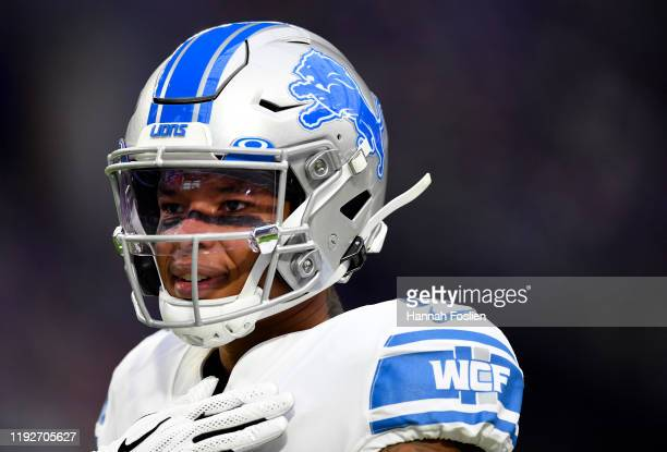 Detroit Lions wide receiver Marvin Jones warms up prior to the game against the Minnesota Vikings at U.S. Bank Stadium on December 08, 2019 in...