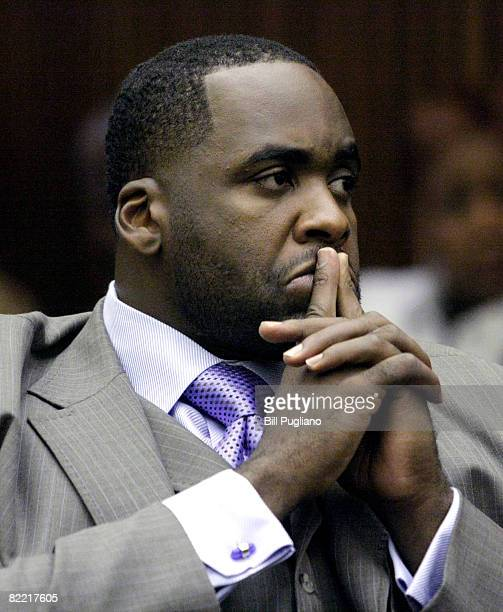 Detroit Mayor Kwame Kilpatrick appears before Judge Thomas Jackson for an emergency appeal hearing in Wayne County Circuit Court August 8 2008 in...