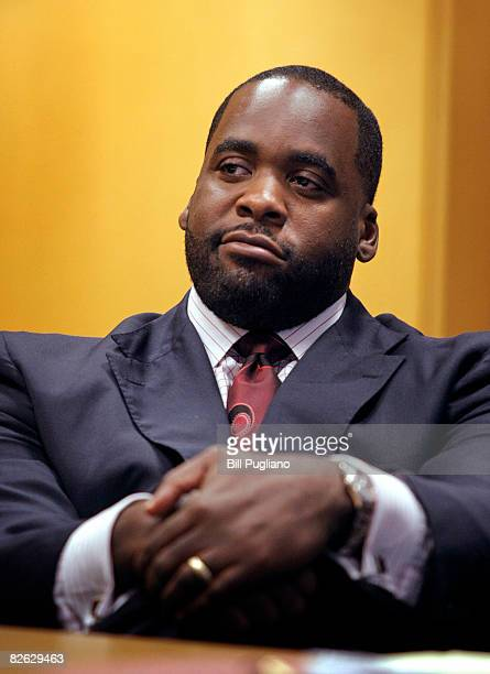 Detroit Mayor Kwame Kilpatrick appears in Wayne County Circuit Court for a bond hearing on assault charges September 2 2008 The mayor alledgedly...
