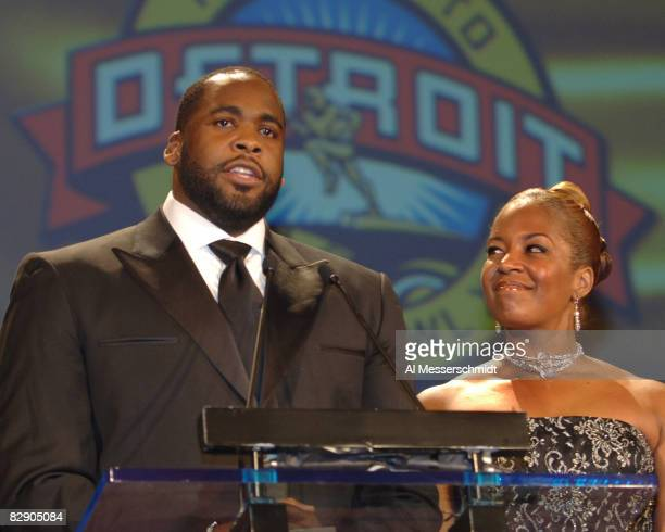 Detroit Mayor Kwame Kilpatrick appears with his wife at a Salute to Detroit blacktie dinner kicking off Super Bowl XL at the Fox Theater in Detroit...