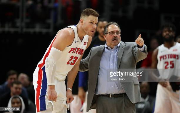 Detroit Pistons head basketball coach Stan Van Gundy talks with new player Blake Griffin of the Detroit Pistons during the fourth quarter of the game...