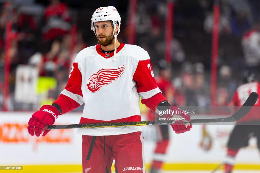NHL: FEB 29 Red Wings at Senators : News Photo