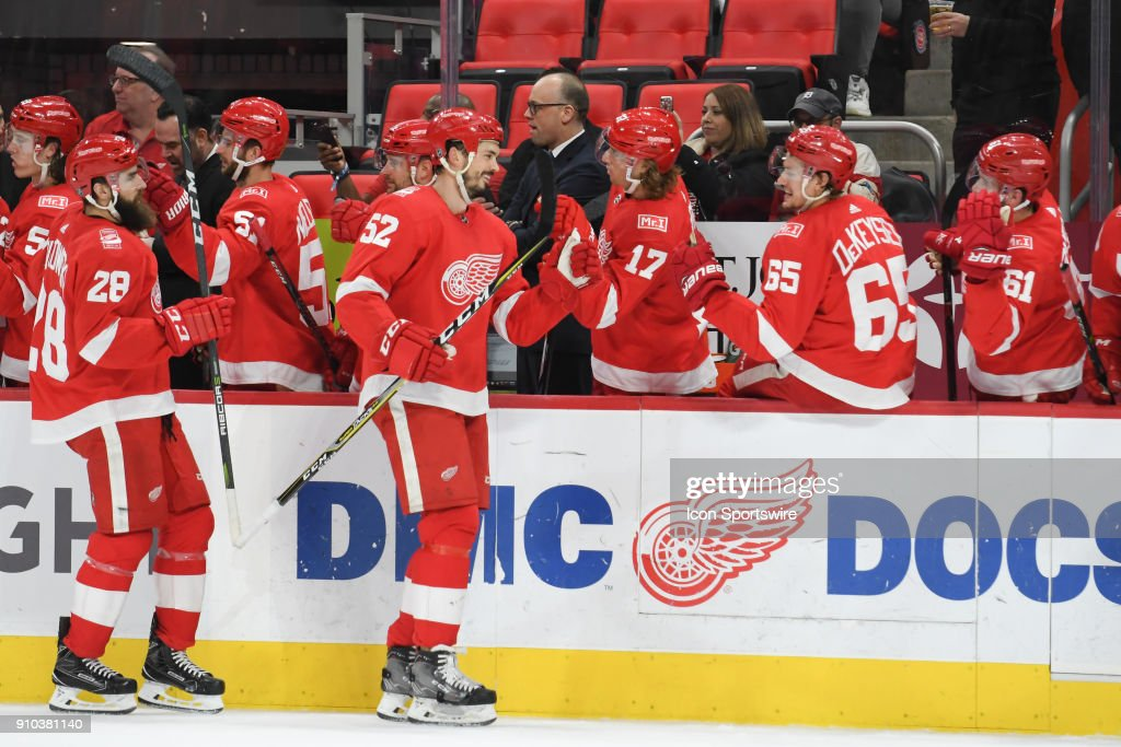 NHL: JAN 23 Flyers at Red Wings : News Photo