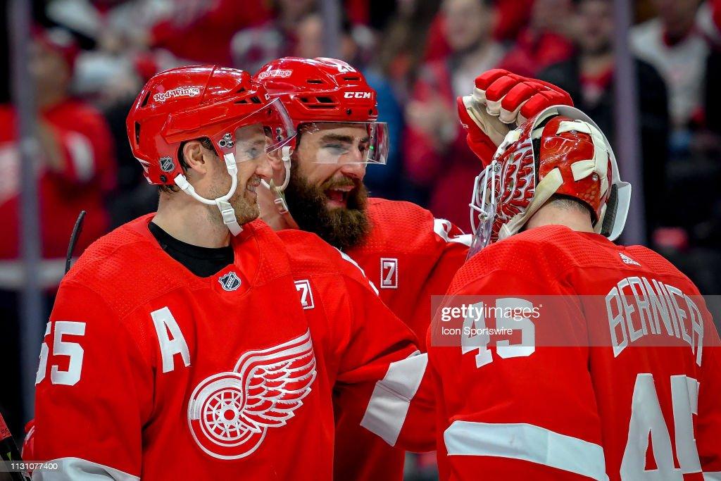 NHL: MAR 16 Islanders at Red Wings : News Photo