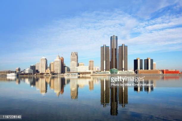 detroit reflecting detroit - detroit river stock pictures, royalty-free photos & images