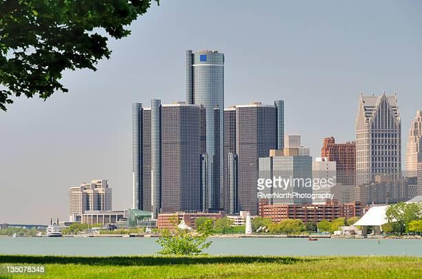 detroit skyline - detroit river stock photos and pictures