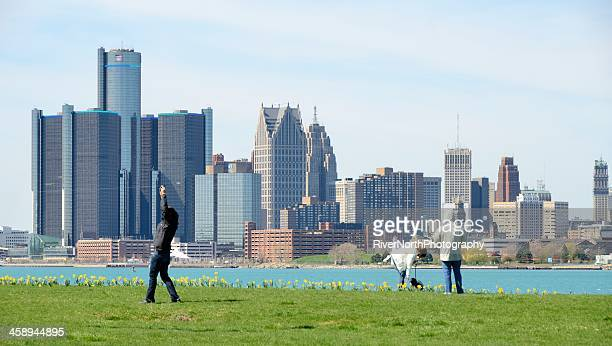 detroit skyline - detroit river stock pictures, royalty-free photos & images