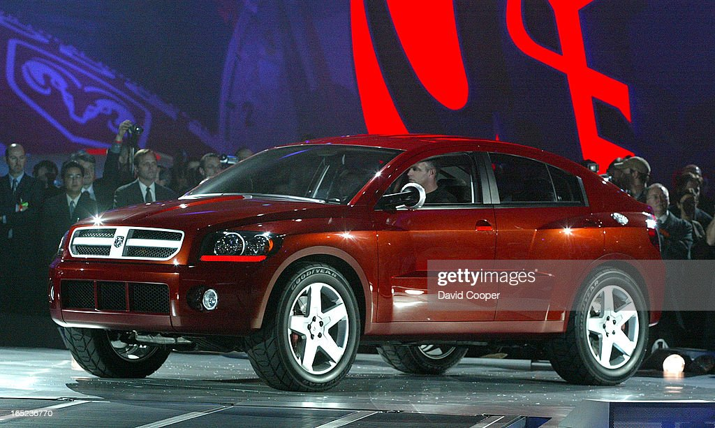 Detroit The 2003 Dodge Avenger Concept Crossover At The North
