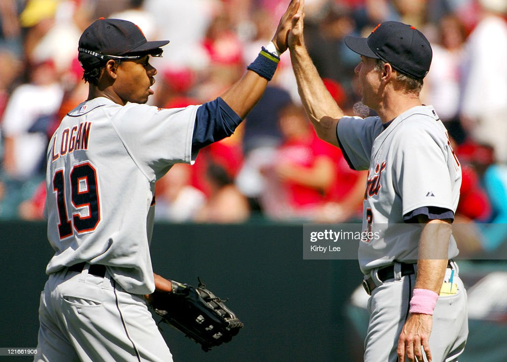 Detroit Tigers manager Alan Trammell exchanges high five with Craig Monroe after 10-1 victory over the Los Angeles Angels of Anaheim at Angel Stadium in Anaheim, Calif. on Sunday, May 8, 2005.