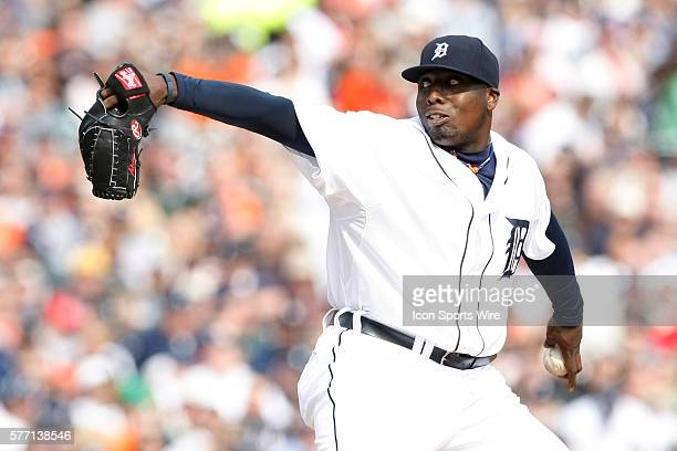 Detroit Tigers pitcher Dontrelle Willis during the Chicago White Sox 53 win over the Detroit Tigers at Comerica Park in Detroit Michigan Willis would...